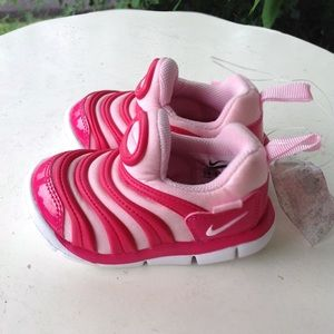 Brand new girls Nike sneakers.